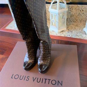 100% Louis Vuitton Boots Monogram